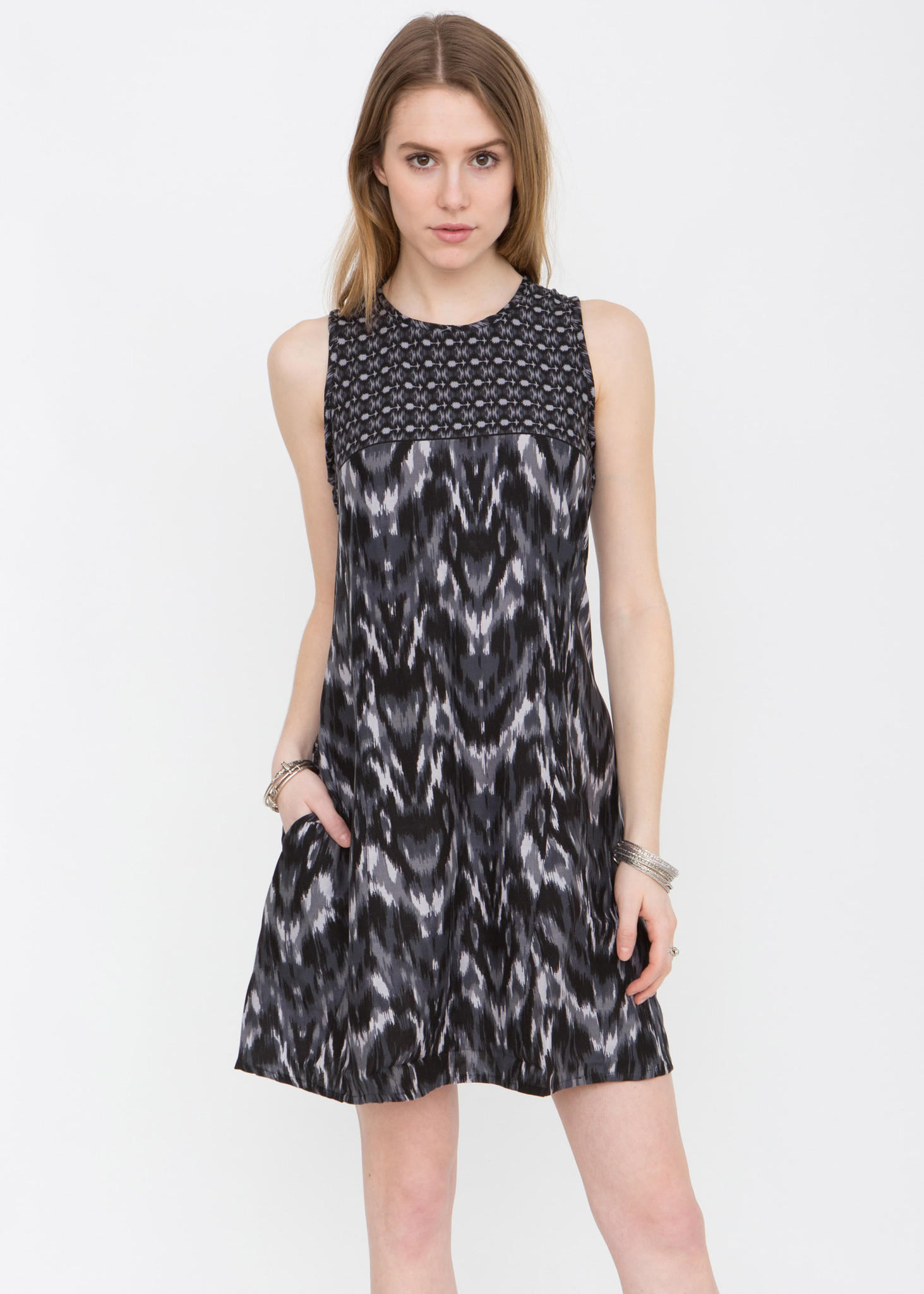 c96fddf2cfdd2f Adjustable Back Shift Dress in Grey Mix Print - likemary