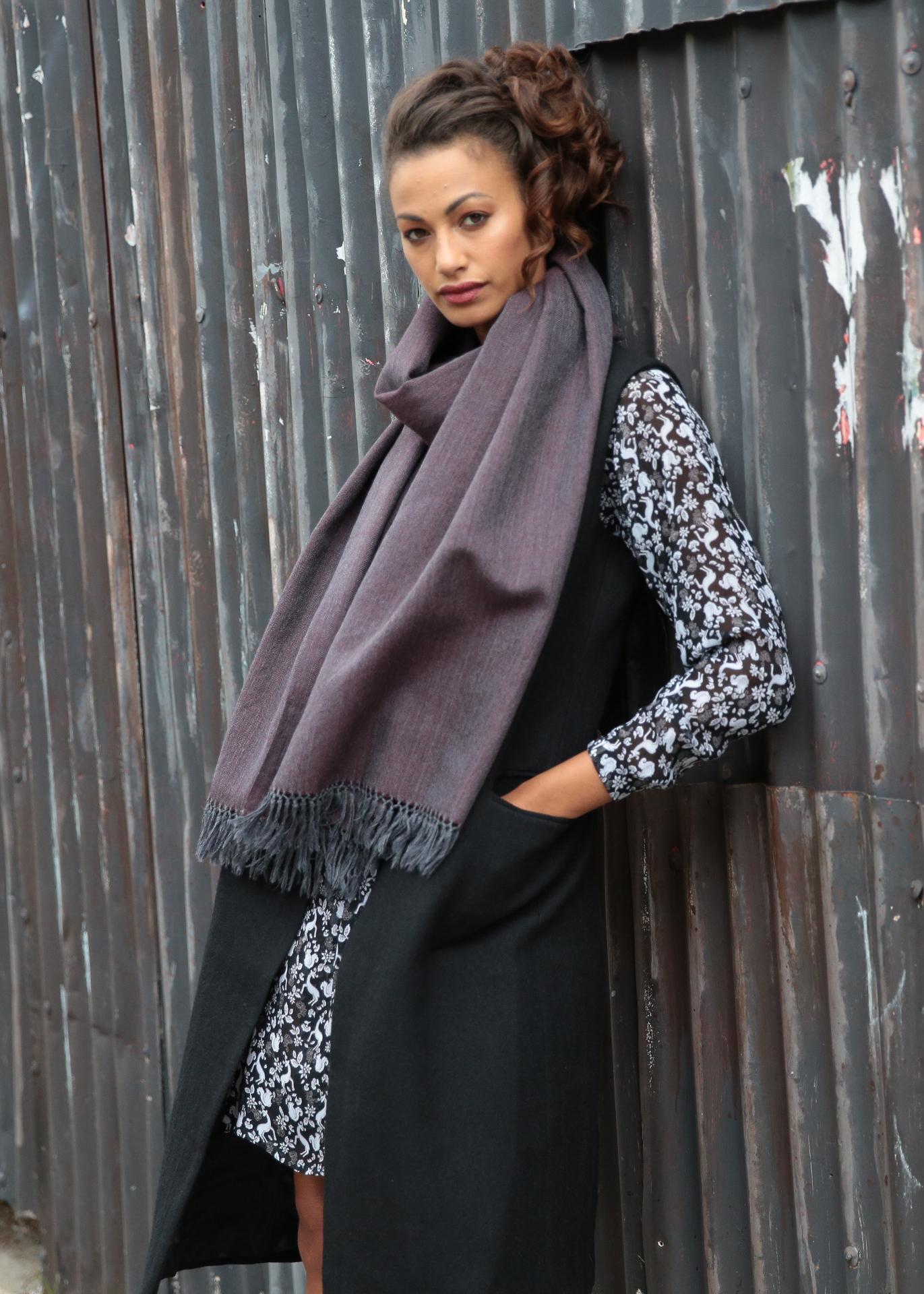125b50681 Herringbone Handloom Merino Wool Pashmina Scarf Raisin 200 X 75cm ...