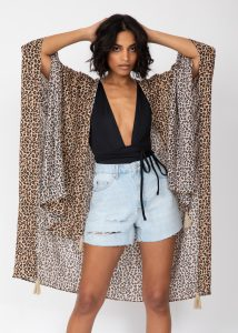 Kimono and Scarf with Tassels in Leopard Print