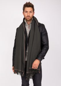 Men's Merino Wool Shawl & Oversize Scarf Shoreditch in Camouflage Green 100 x 200cm