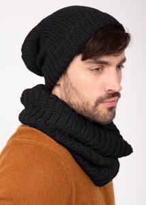Merino Slouchy Knit Beanie Black