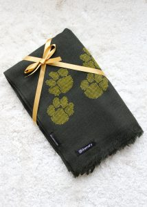 Merino Wool Handwoven Oversize Scarf with Paws Motif 75 X 200cm Camo Green