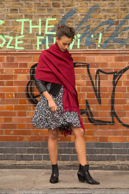 Shoreditch - Blanket Scarf Elegance